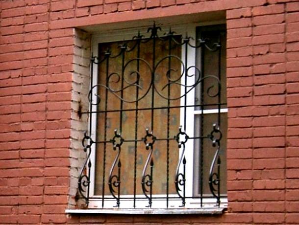 стаціонарна сталева решітка для вікна