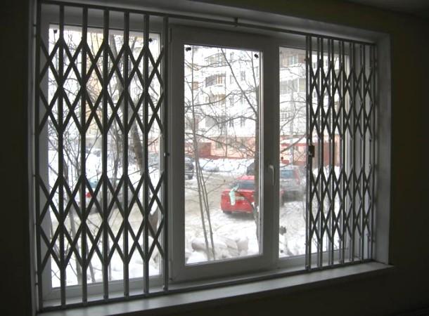 внутрішня розсувна решітка для вікна