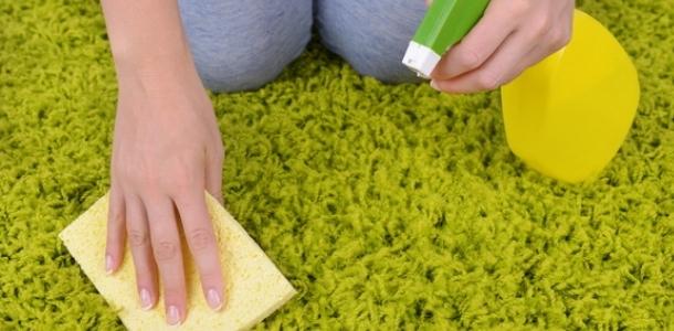 очищення килима від запаху тютюну
