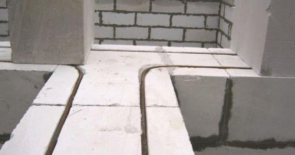 штробування газоблоків під арматуру