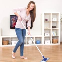 Правильний догляд за ламінатом в домашніх умовах