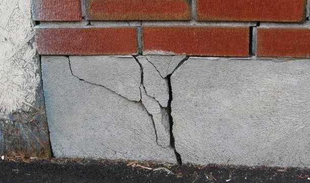 Руйнування фундаменту – причини та ознаки