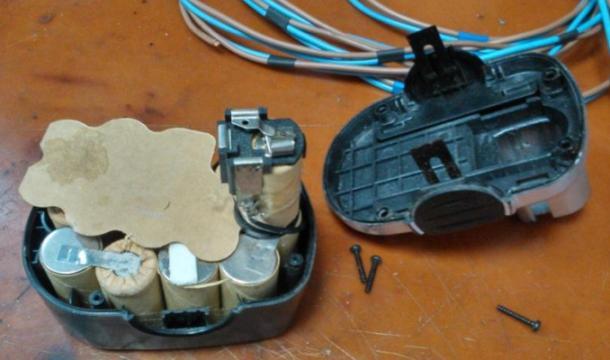 розборка акумулятора шурупокрута