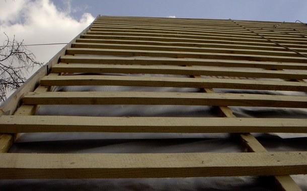 під готовка даху під покриття профнастилом