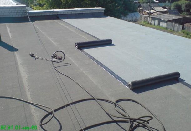 професійне покриття даху руберойдом своїми руками