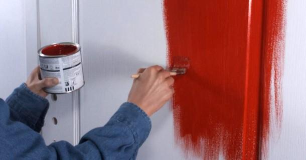 покраска дверей вручну
