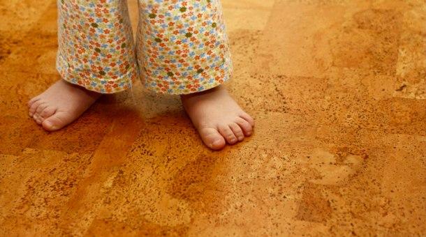 Вкладання коркової підлоги – технологія виконання своїми руками