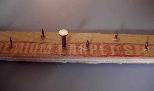 кріплення коврового покриття до підлоги гріпером