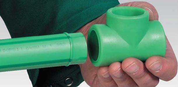 фіксація поліпропіленової труби в трійнику при зварюванні