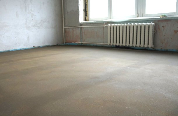 цементна стяжка для вкладання ламінату на підлогу