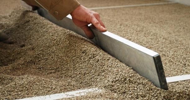вирівнювання підлоги сухою стяжкою