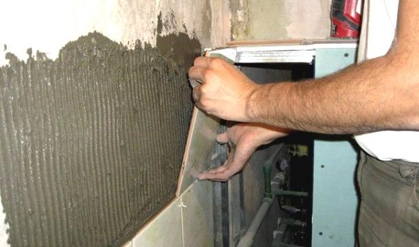 наклеювання плитки на стіни технологія