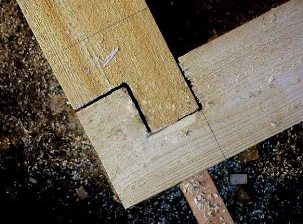 кріплення дерев'яного бруса